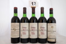 1970 Chateau Prieurs de la Commanderie, Pomerol, negociant Barriere x 1 bottle -  1976 Chateau Prieurs de la Commanderie, Pomerol, negociant Barriere x 1 bottle - 1975, Chateau Lafleur du Roy, Pomerol x 3 bottles  / Totale 5 Bottles.