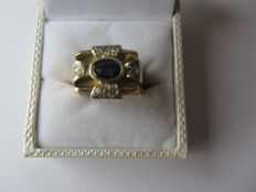 No reserve price, 18 karat ring band with diamond in platinum - old cut and sapphire - total weight 0.30 carat