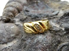 18 kt gold ring - ** No reserve price **