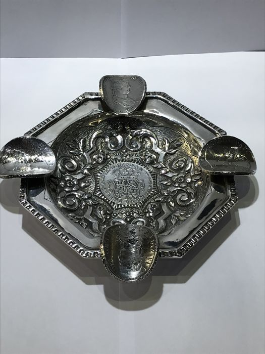 Silver ashtray - Spain - late 20th century