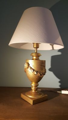 French gilded carved wood table lamp, late 20th century