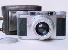 BRAUN PAXETTE 35MM CAMERA with Prontor-S lens + leather bag and lens cap