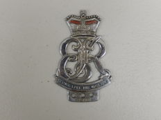 Lovely HM Queen Elizabeth Coronation 1953 Car Auto Badge Chrome Used Condition Approx 10 cm x 6 cm