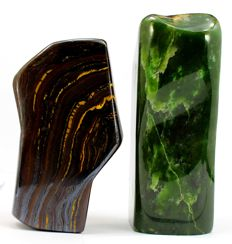 Pair of Fine Multi Color Tiger's Eye and green Nephrite polished Tumbles - 119 and 139mm - 2122gm (2)