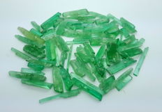 Lot of  Green Kunzite Crystals - 2.0 To 4.9  cm -  160 gm