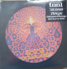 A Lot  TOOL  2 LPs Picture disc + 1 LP