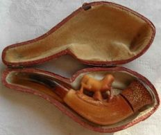 Antique art deco Bernstein meerschaum pipe butterscotch approx 100 years.