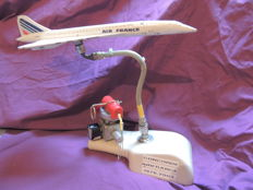 Extremely rare Concorde model with genuine original parts