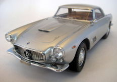 Neo Scale Models - Scale 1/18 - Maserati 3500 GT Touring 1957/64 Silver