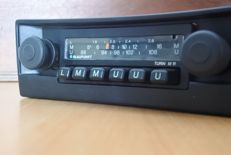 Blaupunkt Turin M11 LMU classic car radio from the 1970s