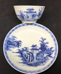 Nanking Cargo tea bowl and saucer - China - ca. 1750