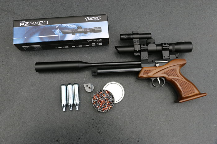 CO2 air-pistol, airgun 4 5 mm with visor, silencer and laser