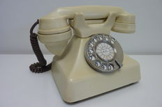 Stylisch antique office table telephone, London, ca.1932 ivory colour