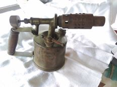 Hand tools - military WW1 soldier equipment France