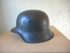German M42 Stahlhelm