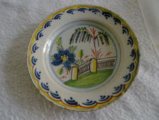 Delft earthenware multicoloured cream dish