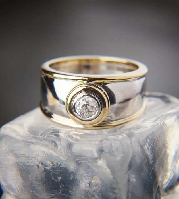 Moderne Solitaire Ring met diamant in oude knippen van c. 0.4 Ct, 18 K Gold RS 52-53 - 16,8 mm /Amer