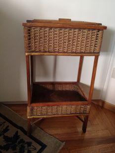 Table basket 1930-40, wood and straw with old tools - 1930-40 - vintage