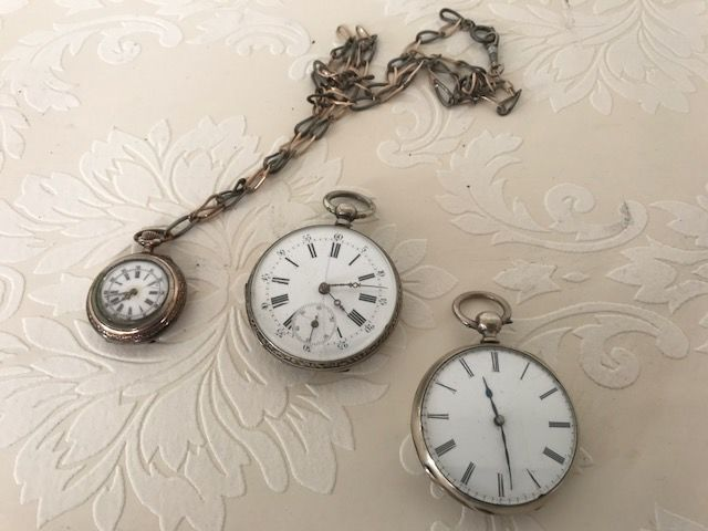 Lot of 3 pocket watches - 1 Silver pocket watch with chain and 2 chromed pocket watches. - approx. 1900