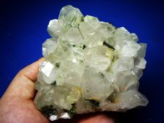 Beautiful large clear quartz cluster with epidote and rare calcite inclusions. - 10x10x5 cm. - 525 gr