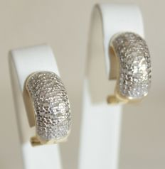 Silver earrings with 0.50 ct diamonds – Length: 1.5 cm