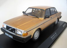 Minichamps - Scale 1/18 - Volvo 240 GL -1986 Gold