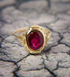 Authentic Synthetic Ruby Ring 18 k / 750 Gold - RS: 64; US: 10,5-11  20,4mm∅