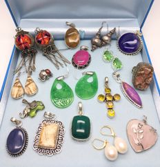 ( 18 ) Large unique collection - sterling silver earrings, pendants and ring - mixes of gemstones - one lot - no reserve