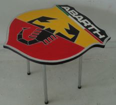 Caro Rambonnet - Table Abarth
