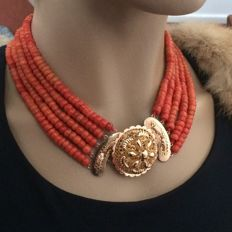 Precious necklace. Large very beautiful antique gold clasp &  5 strands of 100% genuine precious coral