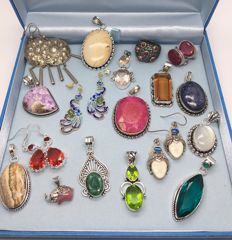 Large ( 18 ) unique collection - sterling silver earrings, pendants and ring - mixes of gemstones - one lot - no reserve