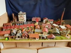 Faller/Kibri/Pola/Vollmer H0 - 39-piece lot including a Lock, Station and buildings Houses and industry