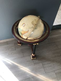 Large globe millennium mint edition - Franklin Mint