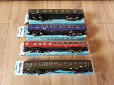 Märklin H0 - 4022/4024/4026/4029 - Four carriages with interior lighting of the DB
