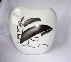 "Elena Lebranchu - vase in porcelain hand-painted ""Eyes of a woman"" Collection"