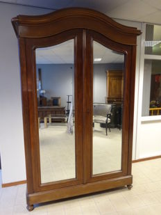 High mahogany veneered curved mirror cabinet with interior, circa 1900