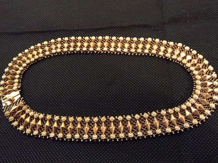 Yellow gold, 18 kt, approx. 42 cm