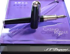 "S.T. Dupont James Bond ""Casino Royale"" fountain pen - 18k solid gold nib -  Numbered limited edition - New and unused"