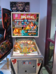 Very beautiful, complete, restored Williams BIG DEAL PINBALL MACHINE from 1967