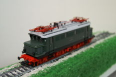 Roco H0 - 43377 - Electric locomotive BR44 of the DR.