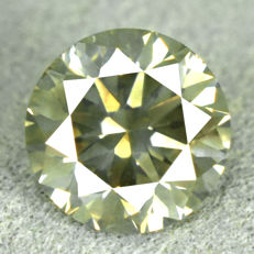 Diamond – 0.75 ct, Natural Fancy Greenish Yellow – VG/VG/VG – NO RESERVE PRICE