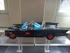 Corgi Toys - Scale 1/43 - Batmobile No.267