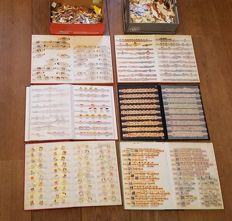 Huge collection of cigar bands & series, thousands of pieces in 2 boxes and 6 albums