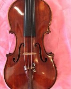 Old beautiful violin labeled Paoli Zuigi 1940 (4/4)