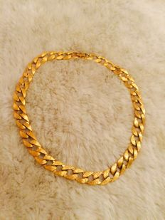Gorgeous signed Napier gold tone chocker