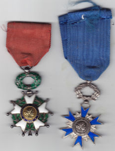 LOT OF 2 MEDALS... LEGION OF HONOUR AND ORDER OF MERIT 1953
