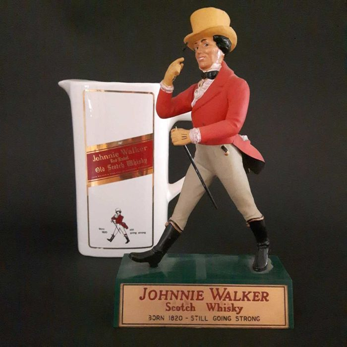 Statuette of Johnnie Walker 1950 with water jug Whiskey