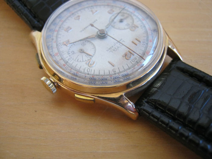 Loyal Chronographe Suisse 18k Yg - Landeron 51 - Heren - 1950-1959