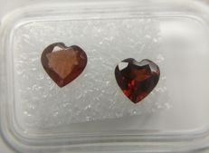 Couple Garnet Dark Brownish Red - Deep Brownish Red 1.54 ct    No Reserve Price