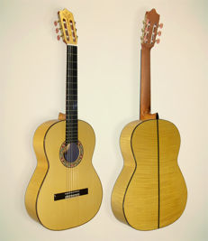 Maple flamenco guitar by luthier Juan Montes